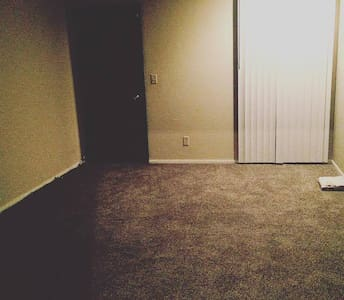 LLYOD PALACE - Bellevue - Apartment
