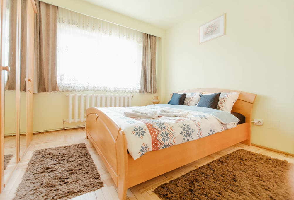 Bedroom king-size