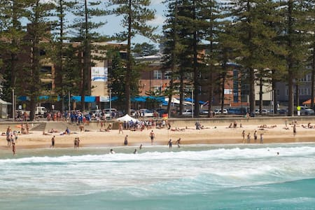 Royal Far West, Drummond House B&B - 5 guests - Manly - Bed & Breakfast