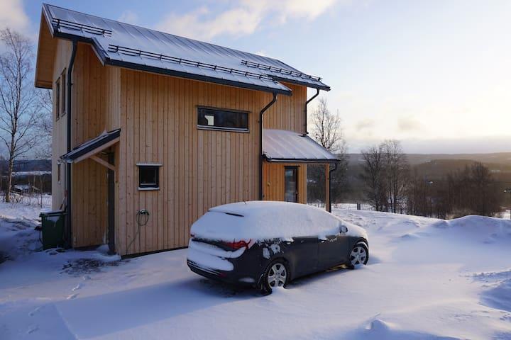Nybyggd fjällstuga vid vackra Edsåsdalen / Åre
