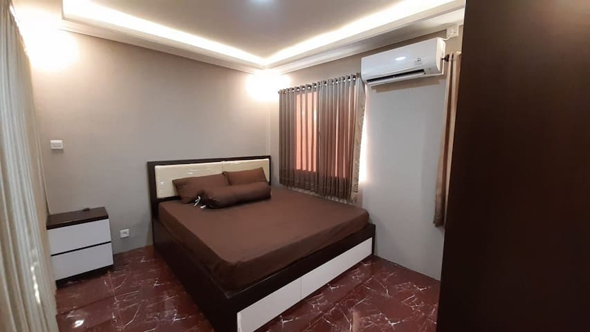Newly renovated,cozy, Full furnished apartment