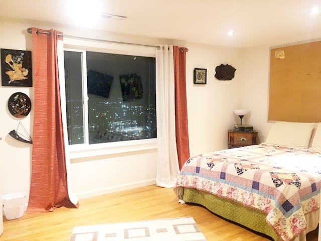 Room With View Close To Seattle,Bellevue,Airport - Tukwila - Ház