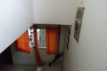 Espacio acogedor y tranquilo en la inquieta ciudad - Tegucigalpa - Haus