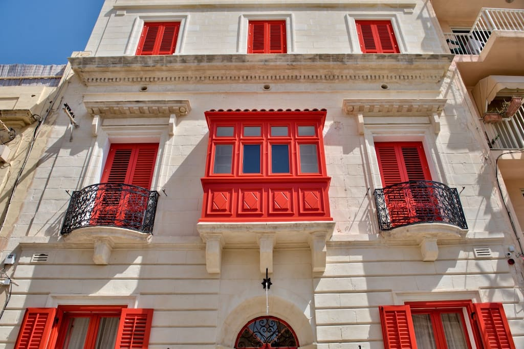 Luxurious boutique hotel central sliema chambres d 39 h tes for Boutique hotel malte