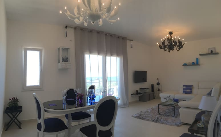 Brand New Designer Apartment With Seaview - Naxxar - Apartment