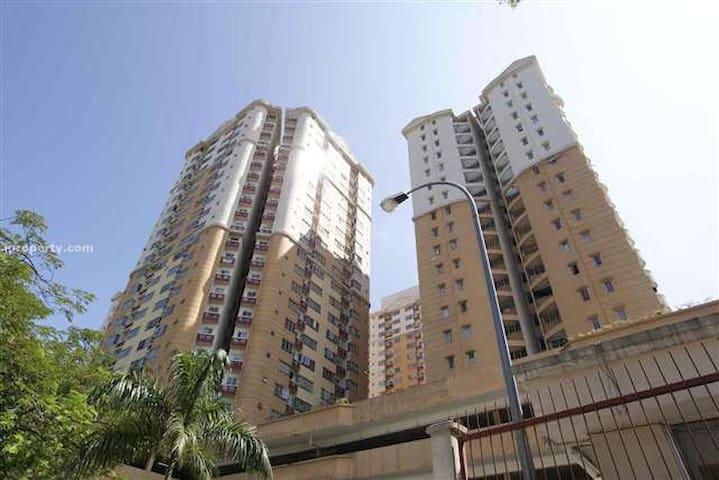 Melur Apartment Private Room - Kuala Lumpur