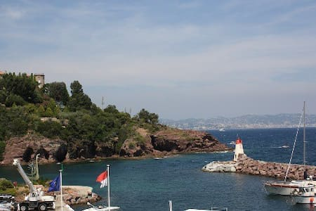 Sea view flat in the heart of French Riviera - Théoule-sur-Mer
