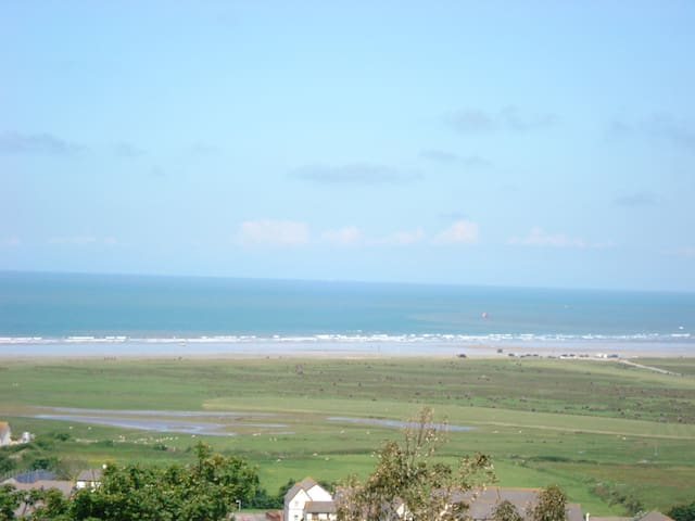 Ocean Reach. Lundy View - Northam - Appartement