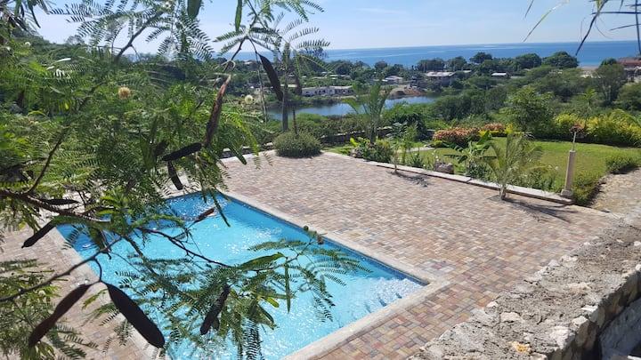 Kimochii villa RELAXATION AWAITS you in Kingston.