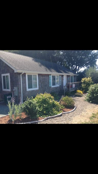 Cape cod style home located on quiet residential street. Private deck on the side. Small enclosed yard in the back.