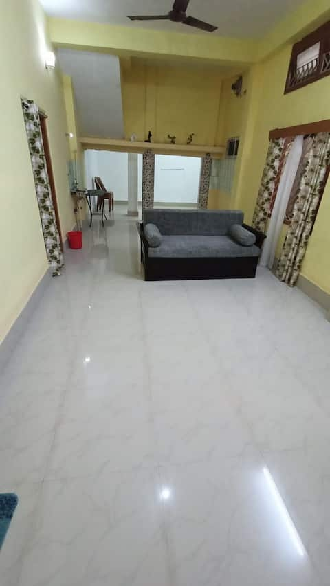 1 BHK private apartment near central market