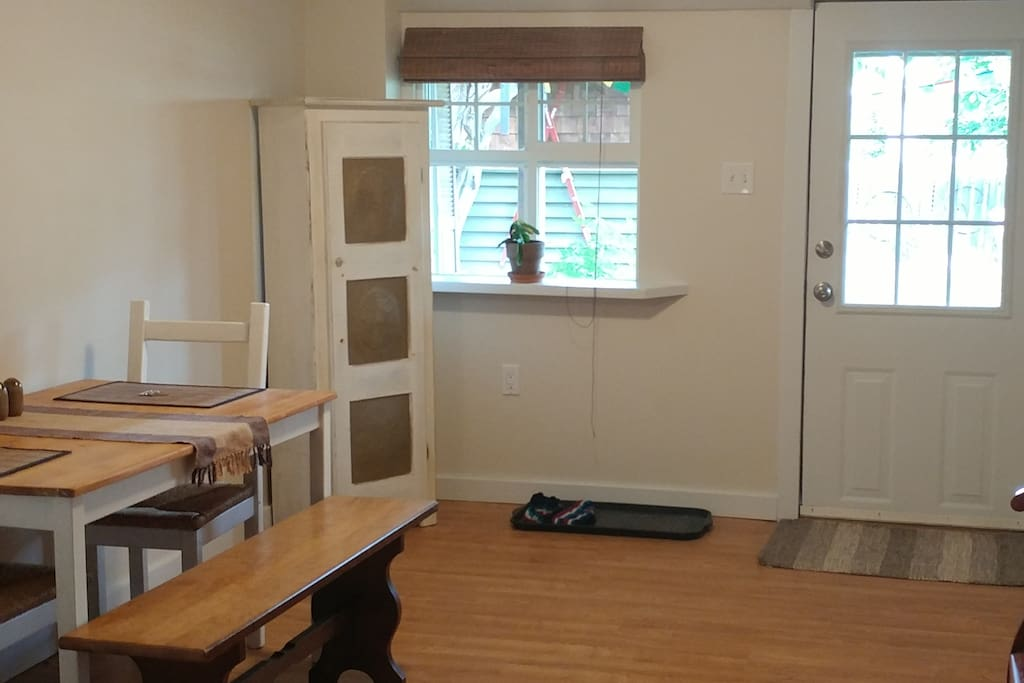 Bright and spacious kitchenette