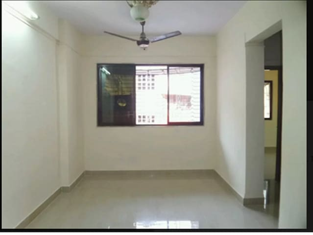 Comfortable affordble flt in Kalyan - Dombivli - Lägenhet