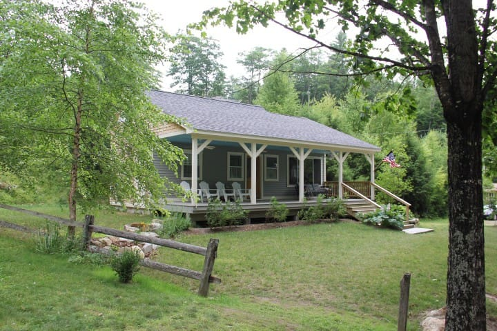 Lakefront Carriage House