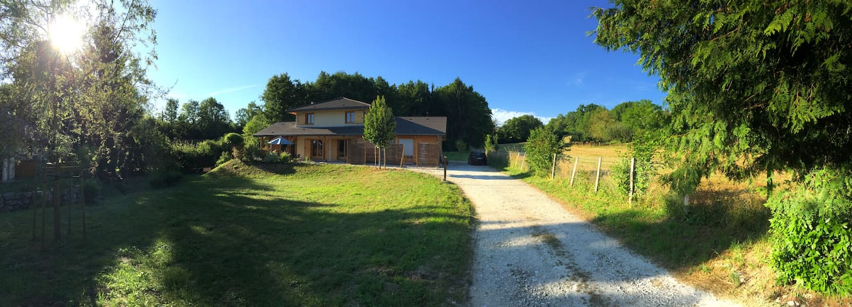 Nouvelle maison bois d'architecte en pleine nature
