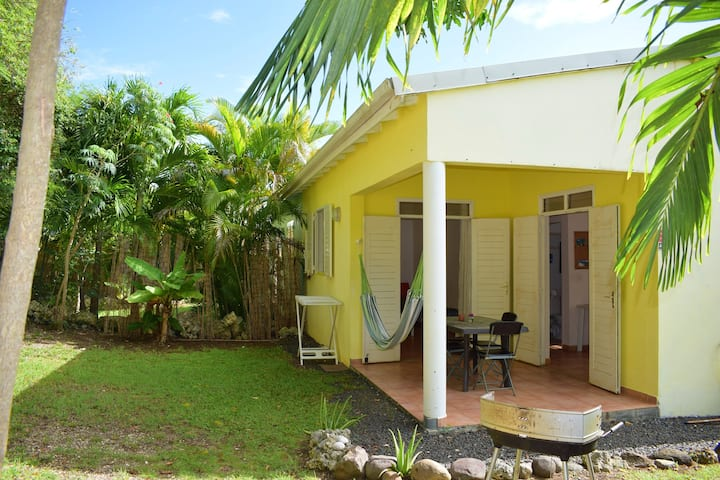 House with one bedroom in Le Gosier, with furnished terrace and WiFi - 1 km from the beach