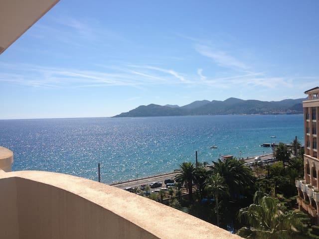 Cannes vue Mer et Estérel 3* + WiFi inclus