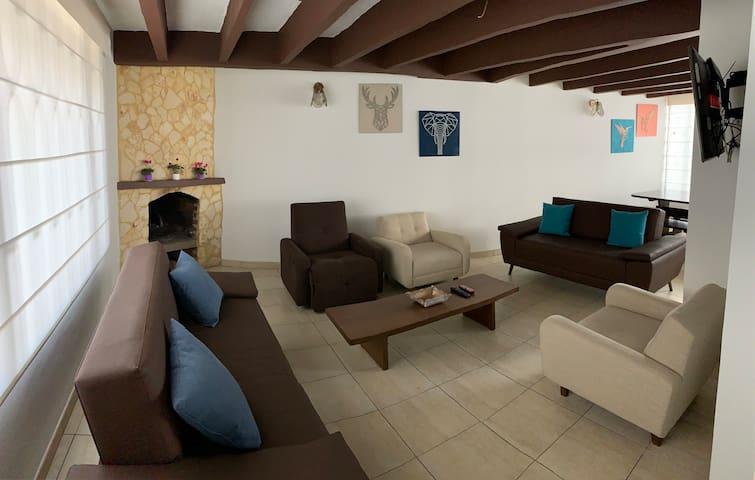 ¡ Encantadora Casa Turística en Paipa, Boyacá !