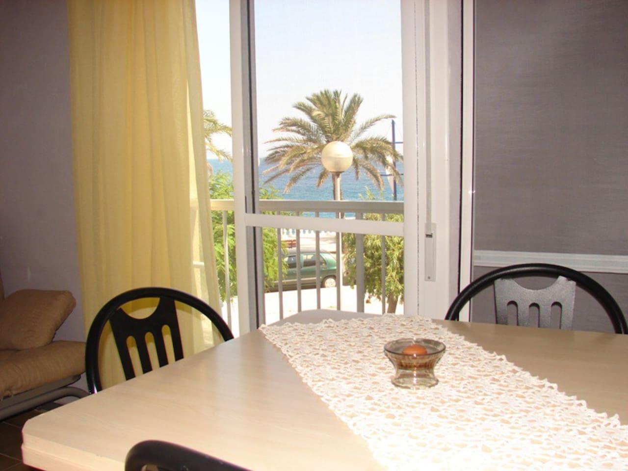 Comedor vistas al mar