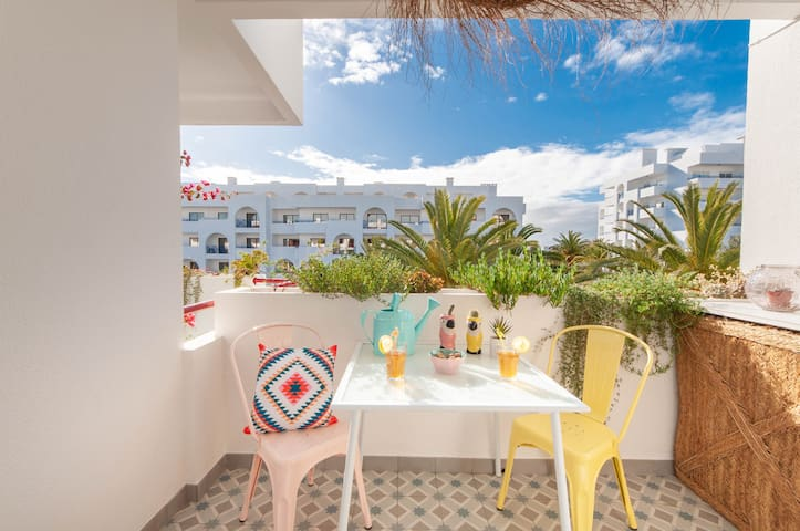 ☀ Beach & pool central Algarve apartment with A/C