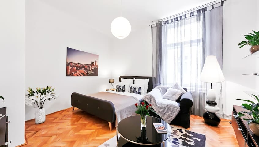Modern Old Town Square Apartment