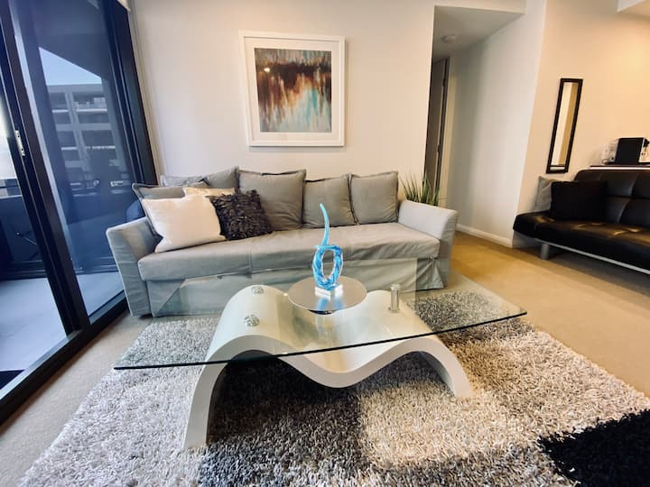 Barton Modern Exec Apt❤️1BR✅WiFi✅Gym✅Wine✅Parking✅