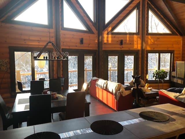 chambre,billard,piano,bar,party,gym,massage,sauna