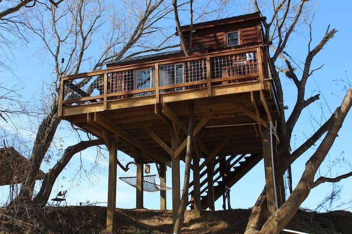Rocky River Cotton Treehouse - Norwood - Casa na árvore