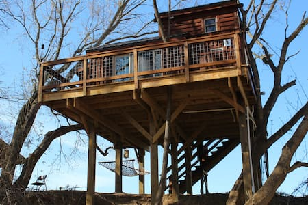 Rocky River Cotton Treehouse