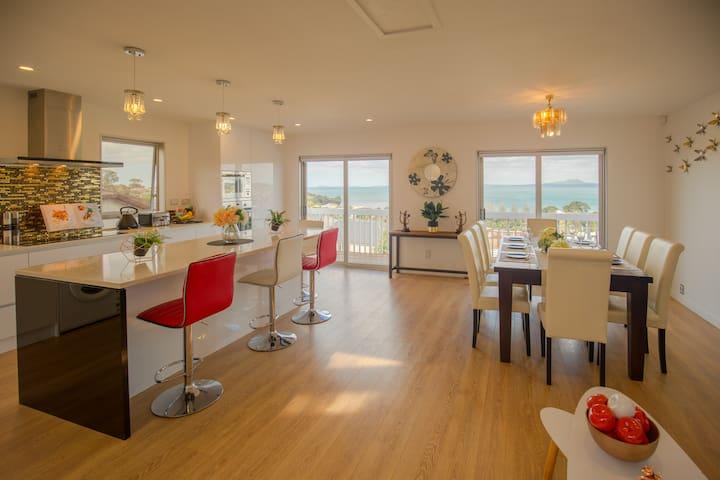 Panoramic Seaview 2-Bedroom Home
