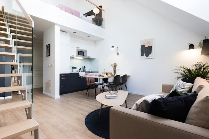 Rooftop Apartment - Peace Square