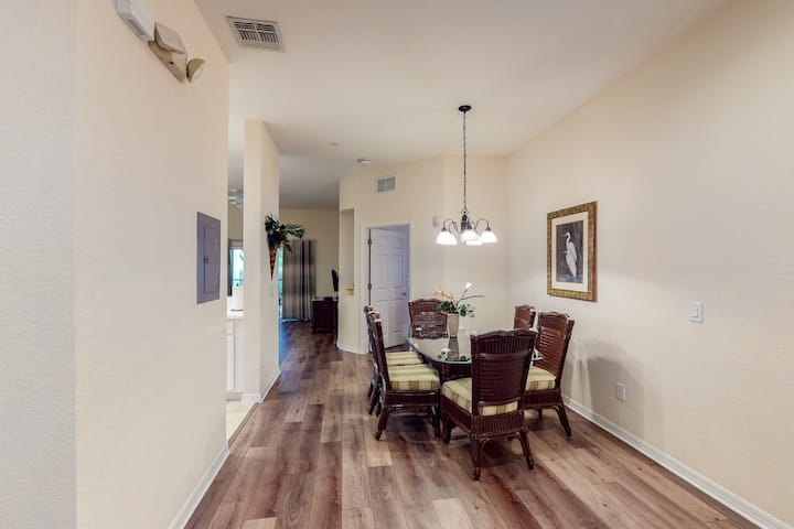 1st Floor Condo W Basketball Court Pools Tennis Court Gym Apartments For Rent In Davenport Florida United States