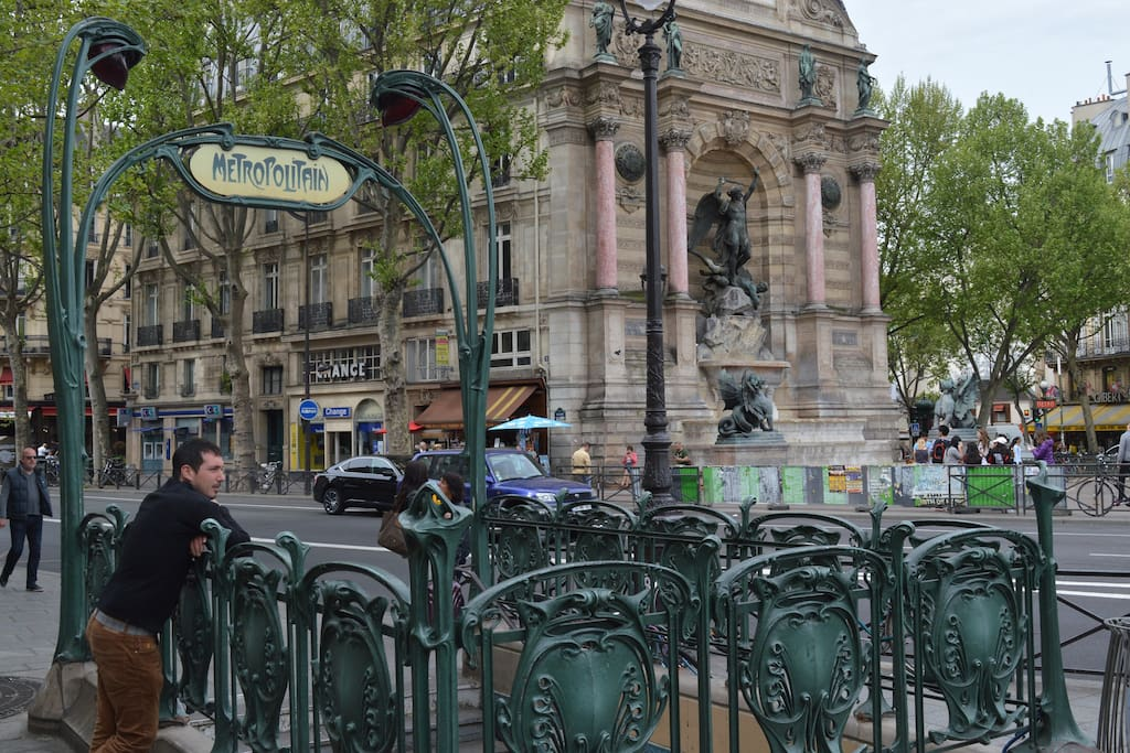 2 min from place saint Michel
