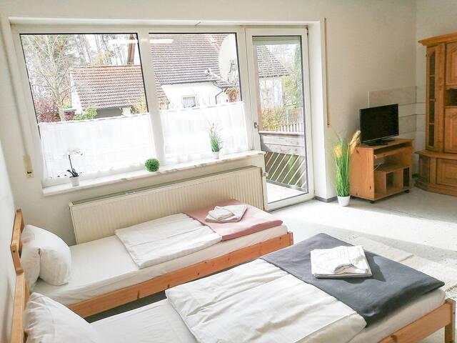 4-Bett-Zimmer in Wohnung in Bodenwöhr (ID 201/Z5)