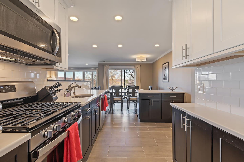 Modern, well-stocked kitchen