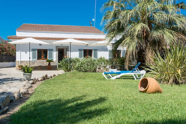 CAN BLAU - Chalet for 6 people in Port d'Alcudia.