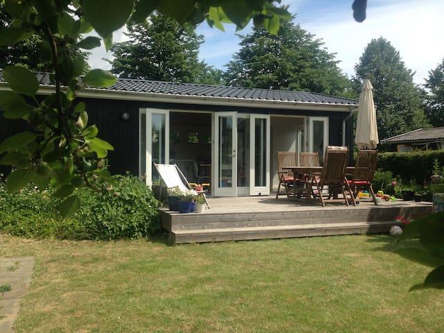 Nyt komfortabelt feriehus - Ballerup
