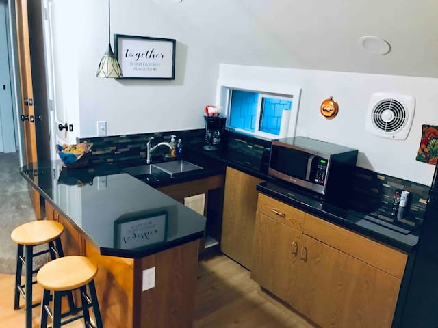 LUXURY TWO BEDROOM STUDIO
