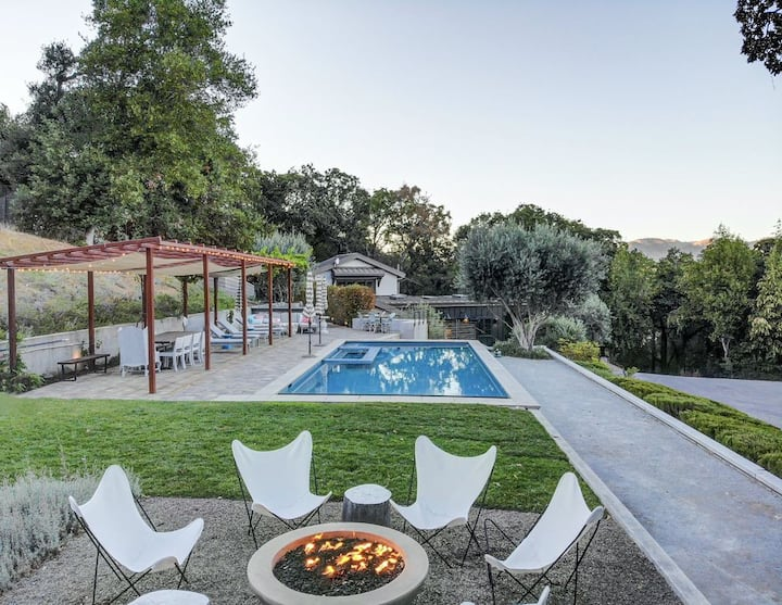 Private Glen Ellen Retreat with Pool & Hot Tub