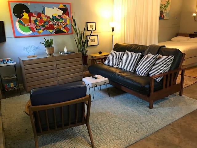 Central Garden Studio