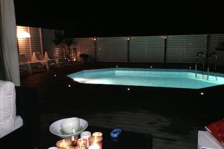 Villa på 170 kvm med 4 sovrum och pool