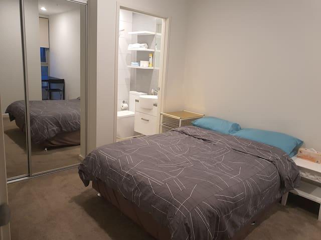 En suit Bedroom with own bath