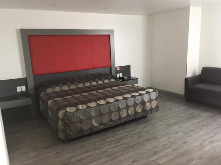 Habitación muy amplia y confortable