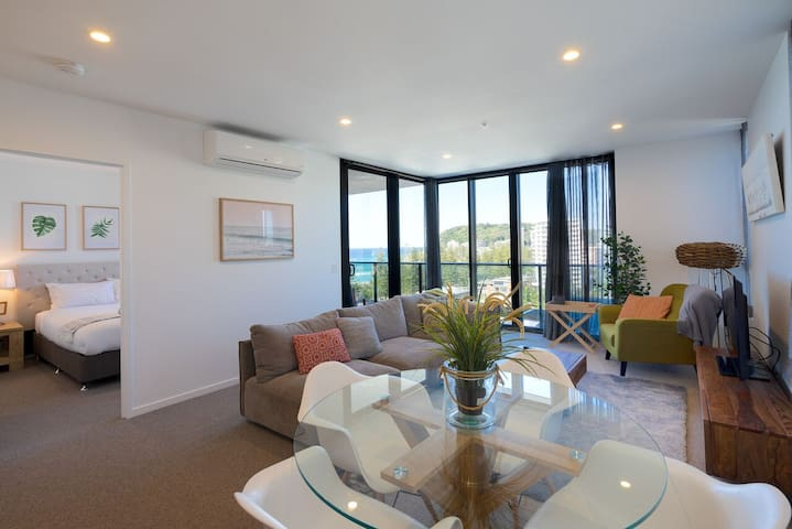 Burleigh Heads apartment with stunning views