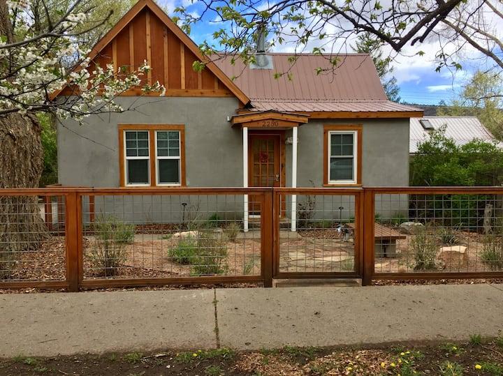 Casa Durango - 3 Bedroom, Kid & Pet Friendly Home