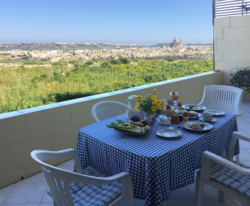 Start your day with breakfast on the terrace while enjoying the panoramic views.