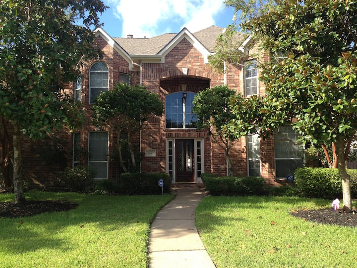 Pearland home - access to 288 - Med Center
