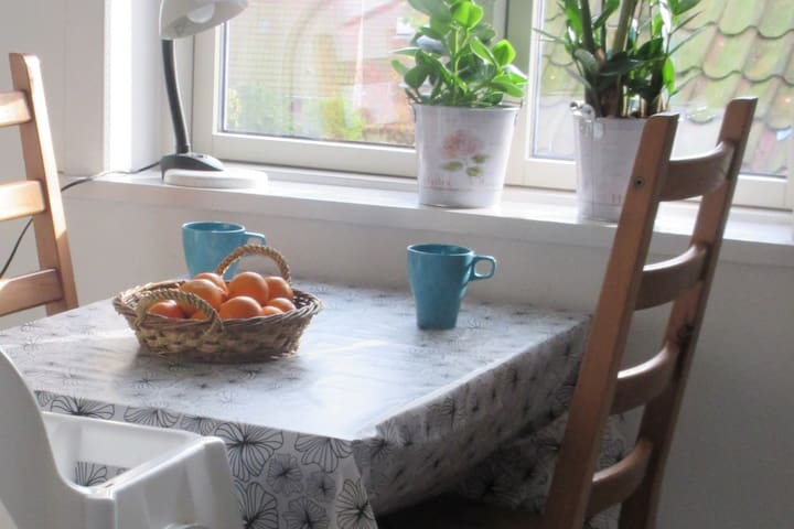 Lys lejlighed i hyggelig gammel villa - Aarhus - Apartament