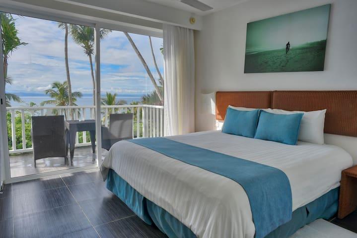 Vista espectacular + piscina + playa privada + A/C