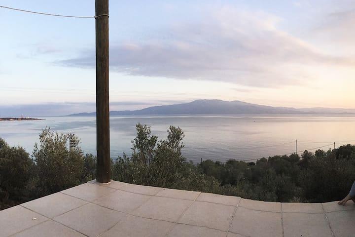 Yeşil ve Mavinin Buluşma Noktası - Assos - Villa